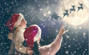 kinder schauen nach dem weihnachtsmann
