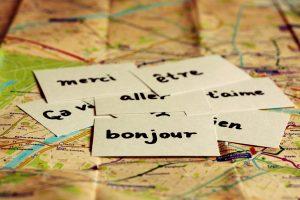 Landkarte mit Französisch-Vokabeln