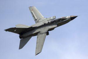 Ein Bild vom Kampfflieger Panavia Tornado.