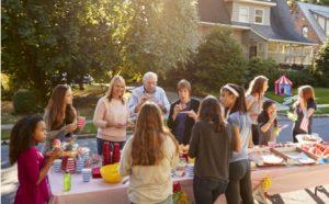 Sprachförderung mit Verwandten und Bekannten