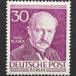 Eine Deutsche Briefmarke auf welcher Max Planck abgebildet ist.