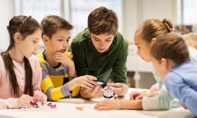 Handlungsorientierter Unterricht – Methoden, Beispiele & Kritik